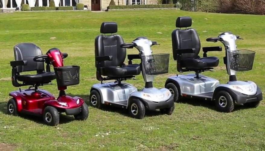 Come scegliere uno scooter elettrico per anziani e disabili